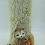 ваза с енотом