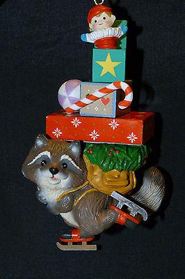 новогодний с подарком
